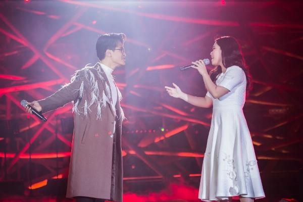 Hà Anh Tuấn khiến hàng ngàn khán giả đắm say trong đêm nhạc của mình 5