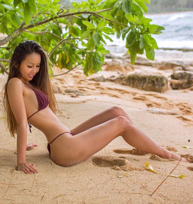Thạc sÄ© gốc Việt nổi tiếng khắp thế giới vì xinh nhÆ° hot girl cùng thân hình siêu nóng bỏng - Ảnh 4.