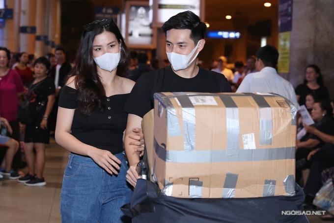 Đông Nhi - Ông Cao Thắng tổ chức đám cưới ở sân bay - 1
