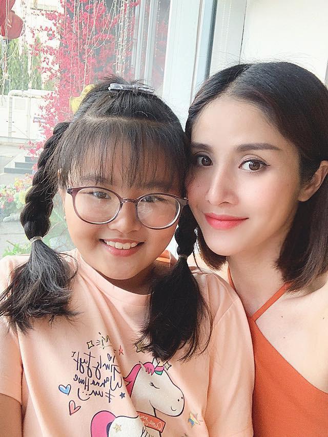 Con gai mum mim cua Thao Trang va Phan Thanh Binh hinh anh 14