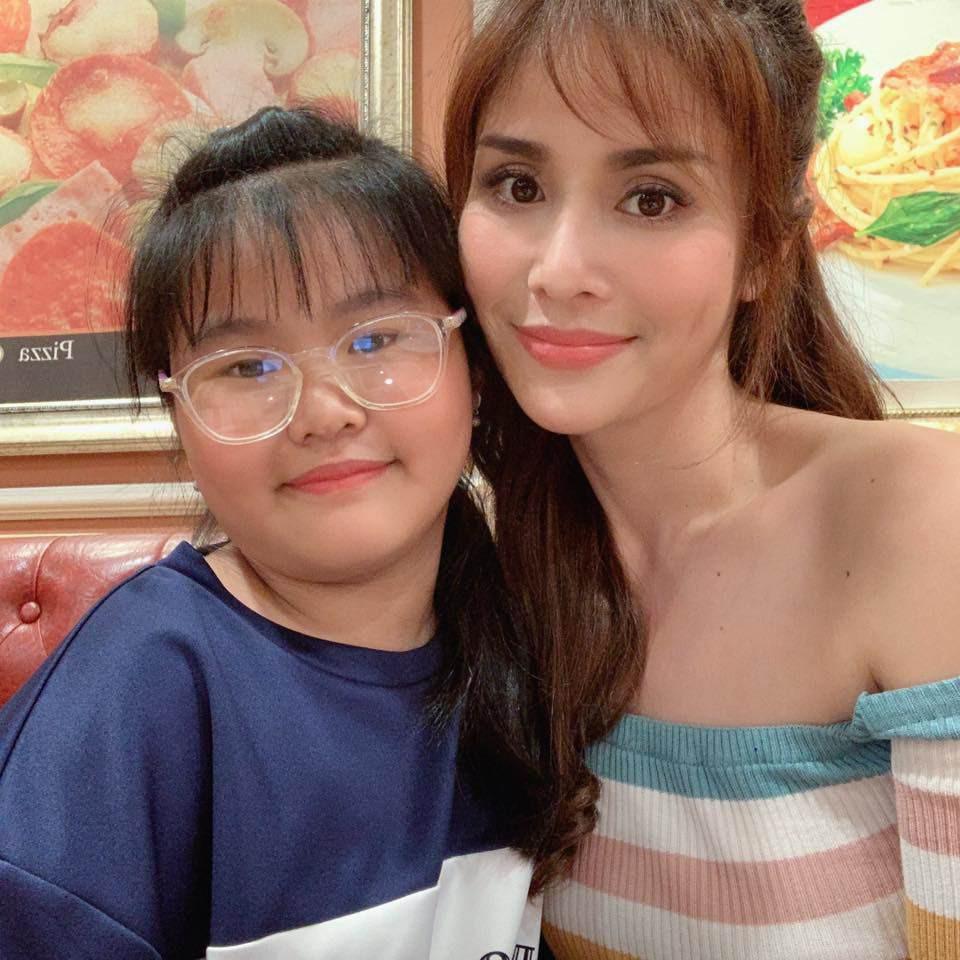 Con gai mum mim cua Thao Trang va Phan Thanh Binh hinh anh 11