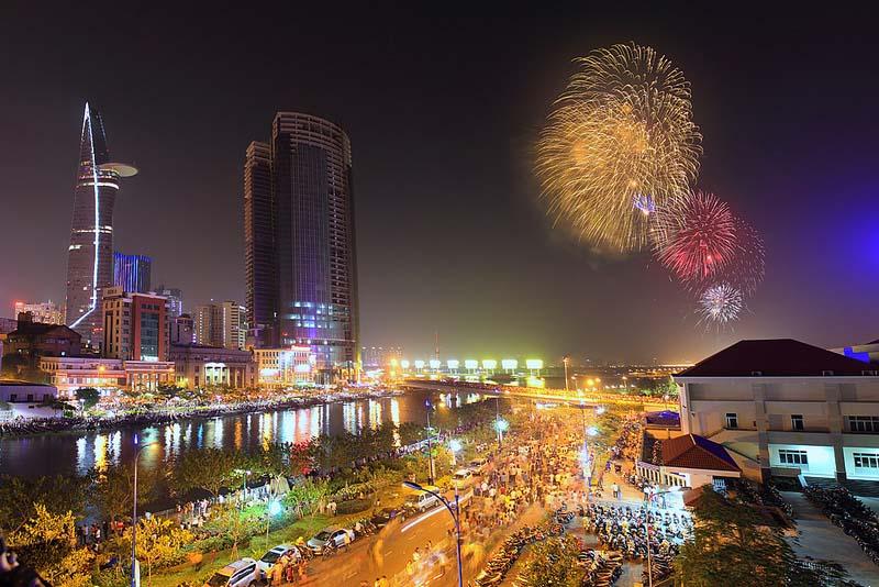 Ảnh đẹp Sài Gòn pháo hoa ngày lễ