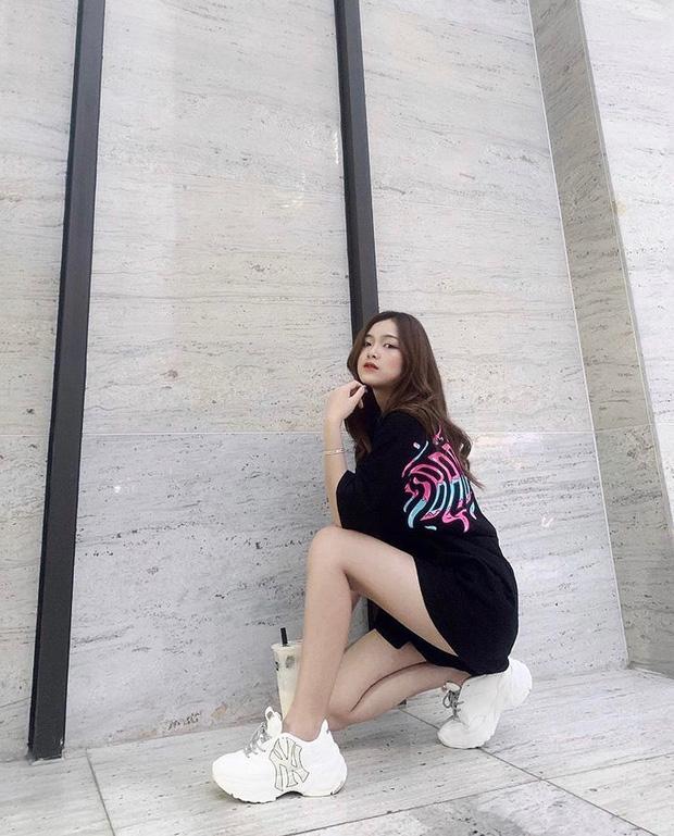 """#kenh14streetstyle tuần qua: Giới trẻ Việt mặc đẹp mà không """"dị"""", ai mix đồ cũng """"đỉnh"""" lắm luôn - Ảnh 9."""