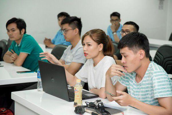 Học viên tại khóa học SEO LADIGI