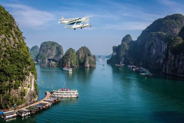 yerimholic_Du lịch bằng thủy phi cơ không chỉ giúp hành khách tiết kiệm thời gian khi di chuyển mà còn đem đến những góc nhìn đẹp của nhiều danh lam thắng cảnh… Ảnh: seaplanes.vn