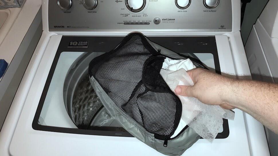 cách giặt balo bằng máy
